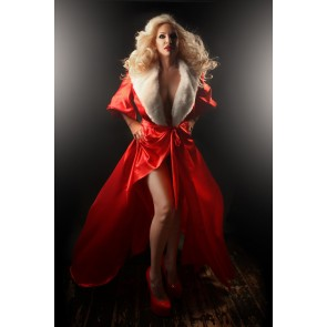 The Hollywood Peignoir Ravishing Red