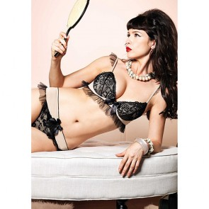 Leg Avenue Vintage Bra Top And Matching Thong
