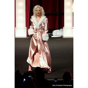 The Hollywood Peignoir Champagne