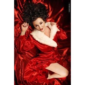 The Hollywood Peignoir Ravishing Red